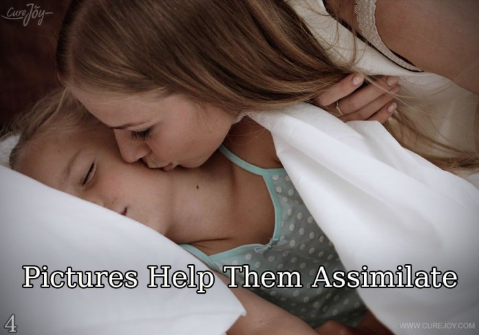 4-pictures-help-them-assimilate