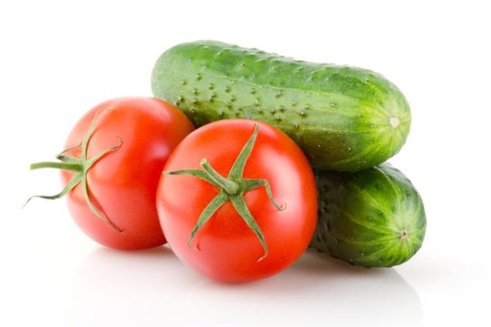Cucumber And Tomato Mask
