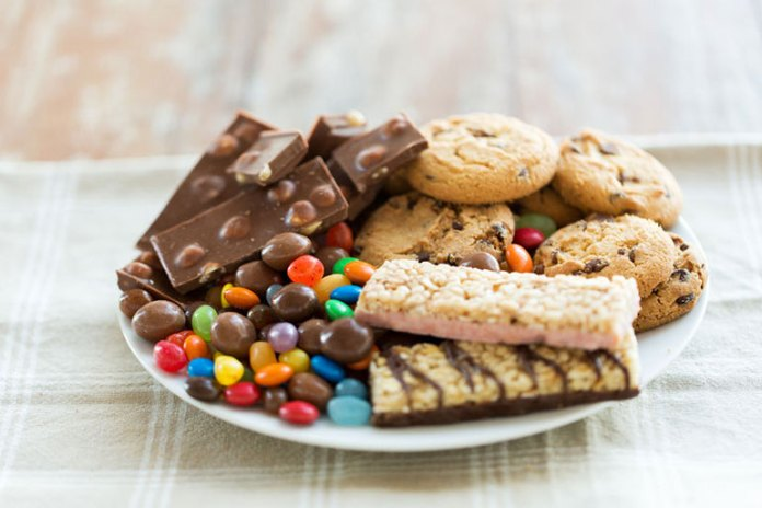Foods That Negatively Affect Fertility: Foods Rich In Trans Fats