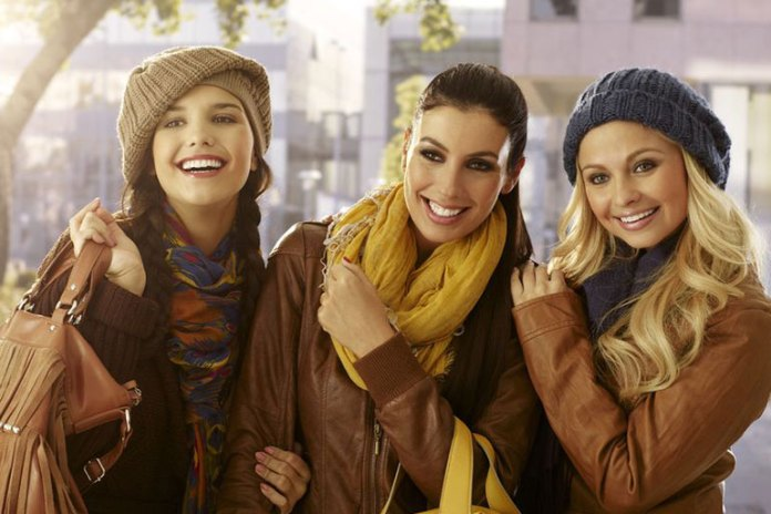 Accompany Good Friends To Increase Your Self Esteem