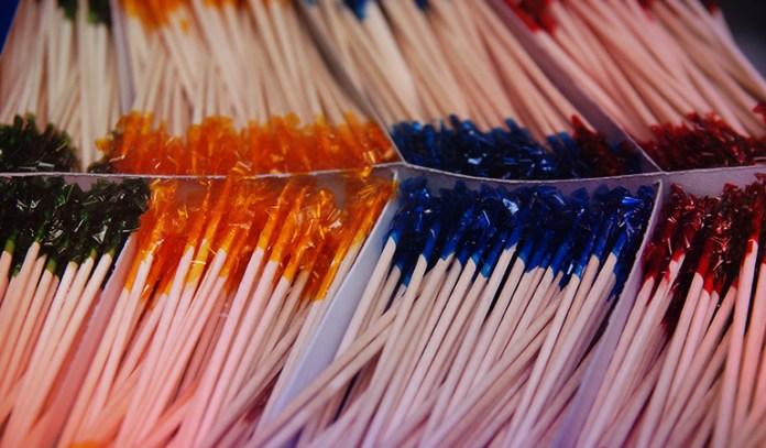 3-flavored-toothpicks