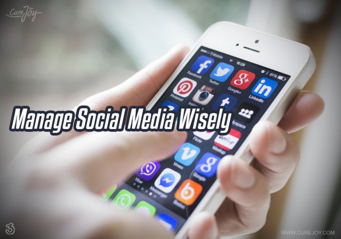 3-manage-social-media-wisely