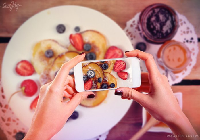 3-take-pictures-of-your-food