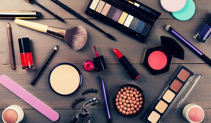 wearing makeup bad for skin chemicals