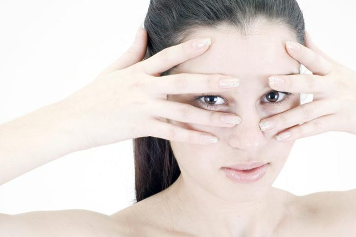 Home Remedies For Dry Eyes Syndrome: Eye Massage