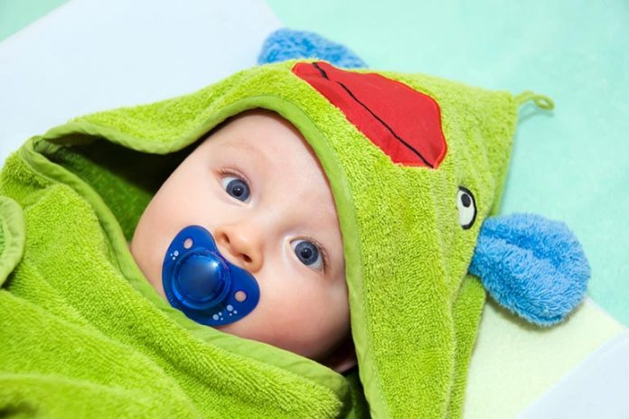 Use A Pacifier To Soothe A Fussy Newborn