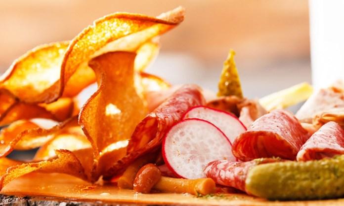Seasoned Radish Chips Are An Alternative For Potato Chips