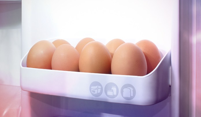Eggs contain essential nutrients and oil for hair growth