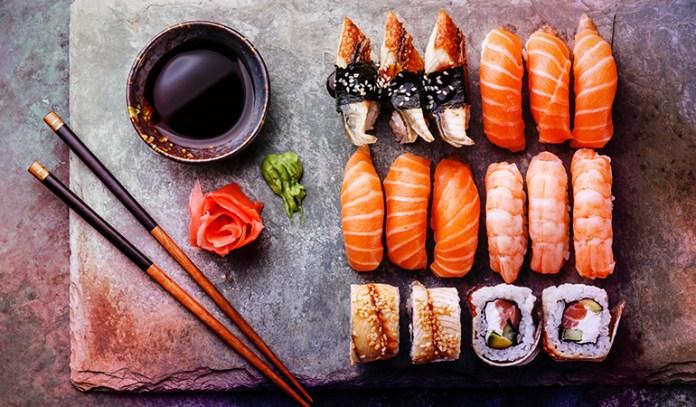 3-salmon-sushi