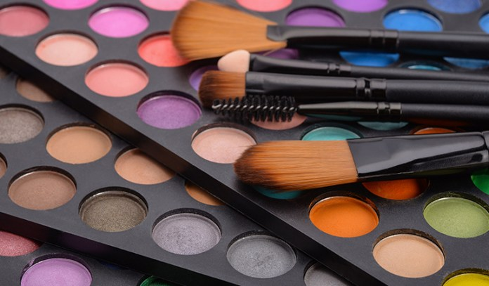 Avoid Environmental Chemicals Found In Cosmetics