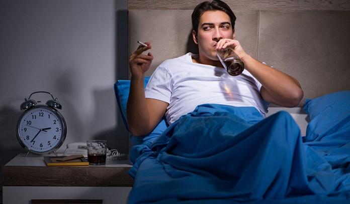 Drinking, Smoking, Weight Gain, And Nasal Blockagae Cause Snoring