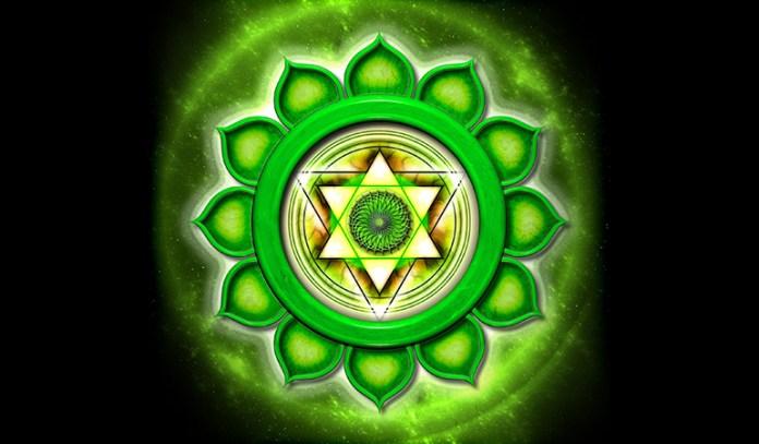 universal love through heart chakra meditation