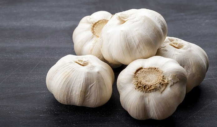 Garlic reduces cholesterol
