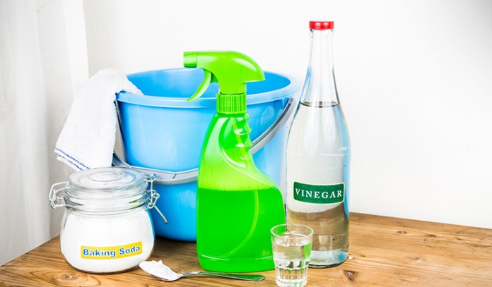 Baking Soda And Vinegar Can Kill Molds In Houses