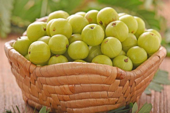 Indian gooseberry promotes skin benefits