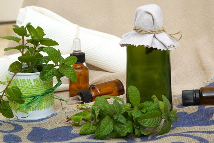 Peppermint Essential Oil Stops Excessive Facial Sweating