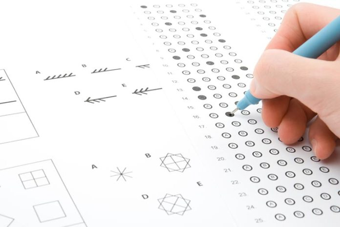 People who multitask show lower IQ points on tests