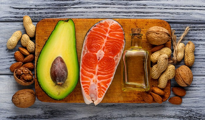 Reducing carb intake and eating healthy fats can bring your thyroid function back to normal.