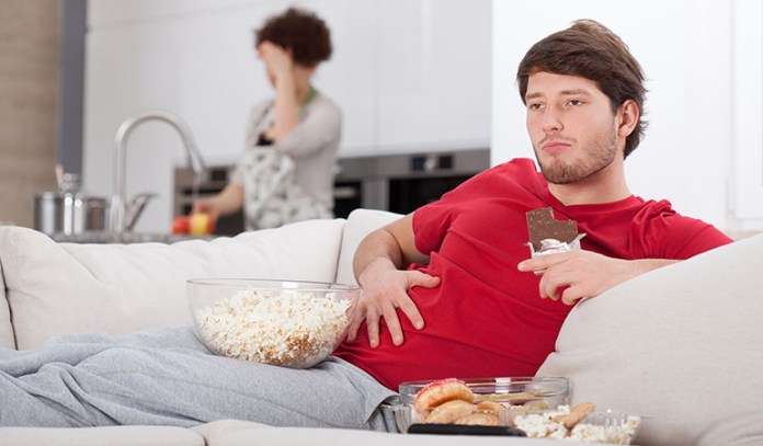 Watching Television While Eating Can Increase Weight