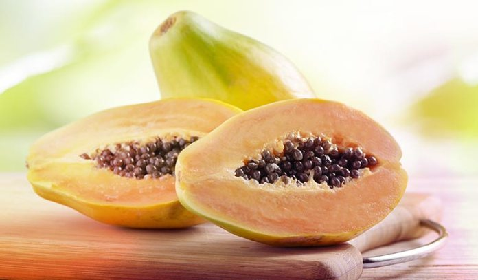 A hair pack made from papaya is enriched with essential nutrients for the hair