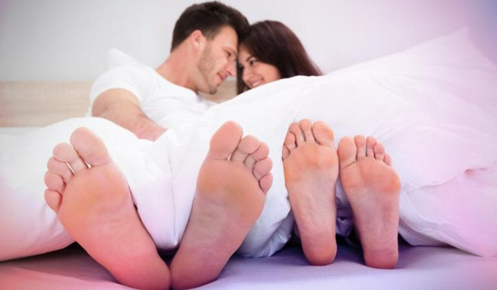 The high content of ethanol in cloves helps to increase testosterone levels in men, thus boosting libido.