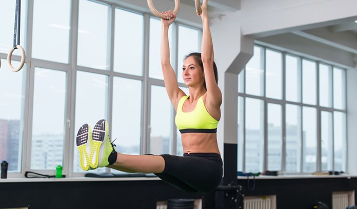 Hanging leg raise can cause back pain.