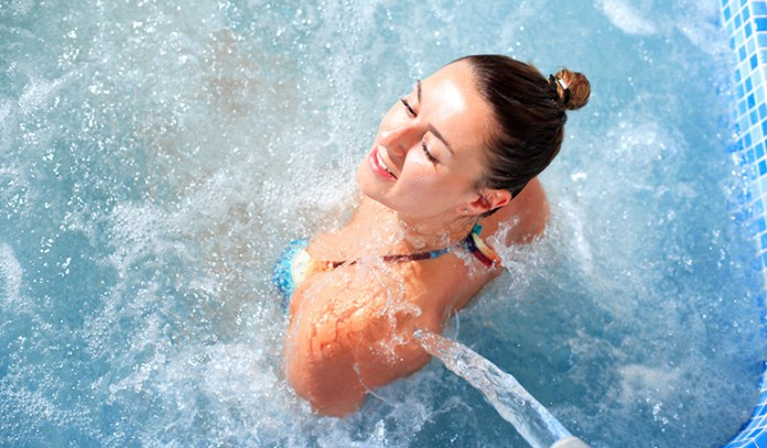 Therapy with hot water increases recovery