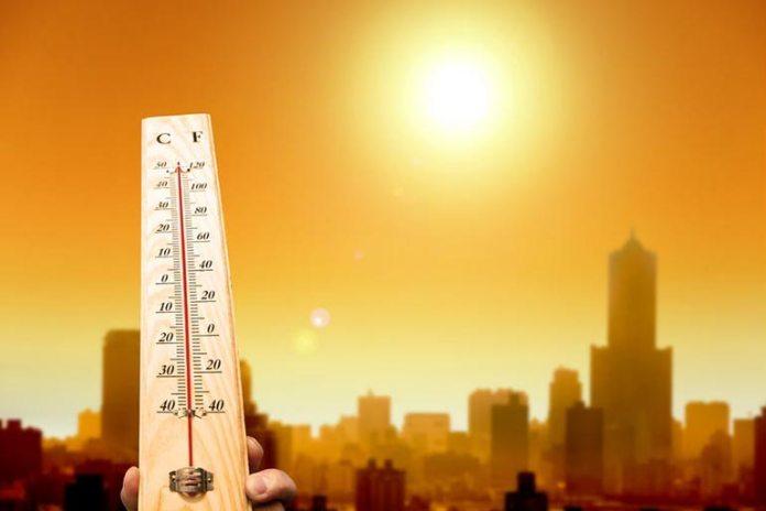 Extreme temperatures aggravate premature skin aging