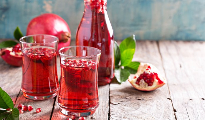 Pomegranate water acts as a nutritious lemon water swap