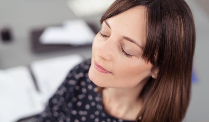 Vippasana Meditation: Practice Mindfulness Meditation Throughout The Day