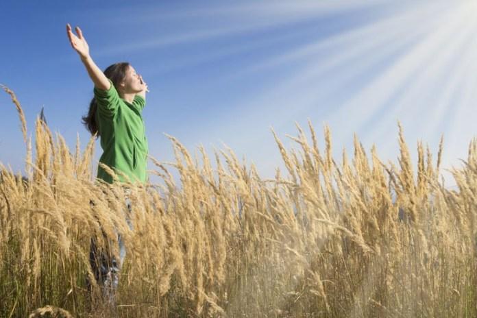 chanting om during meditation removes negativity