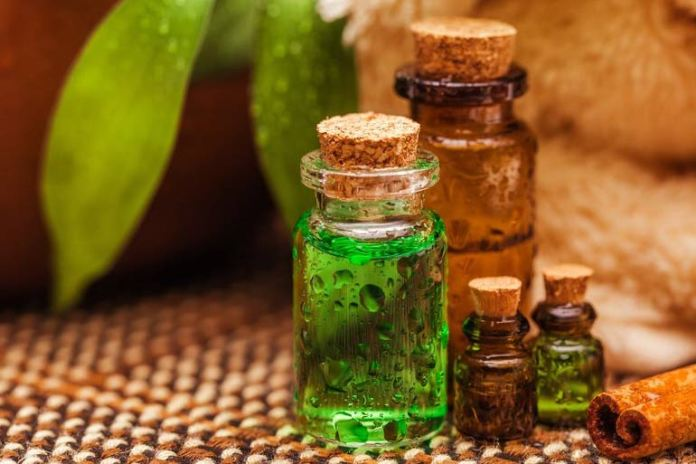 Tea tree oil mouthwash helps with oral cavities