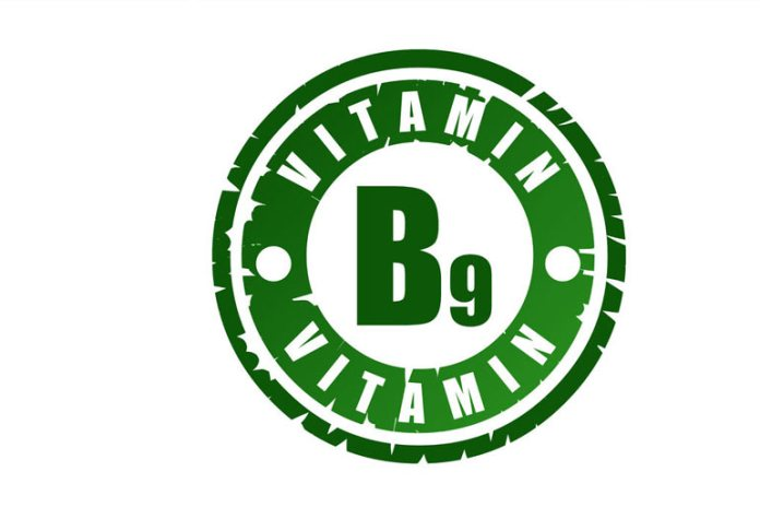 Consume More Vitamin B9 With The Spinach And Strawberry Combo