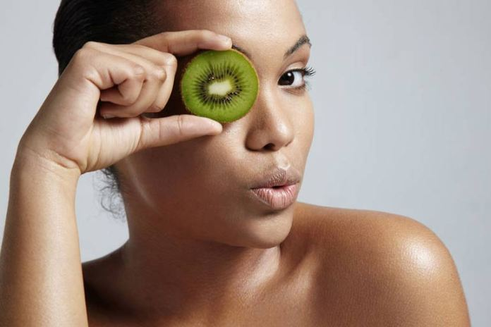 Kiwi helps to even out the uneven skin tone