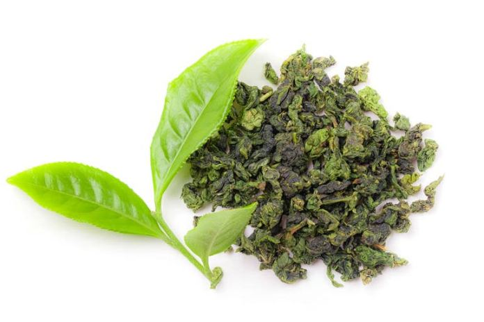 Green tea helps to even out uneven skin tone