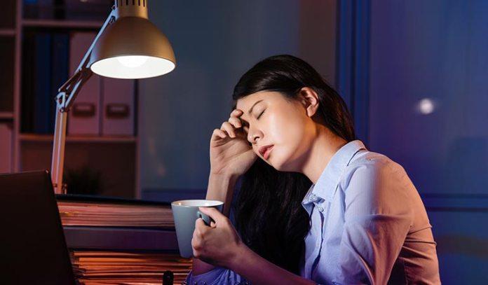 Communications equipment operators get the least amount of sleep.