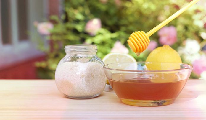 Honey not only helps remove unwanted hair but also moisturizes your skin