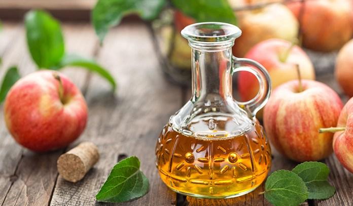Use unpasteurized vinegar for best results.