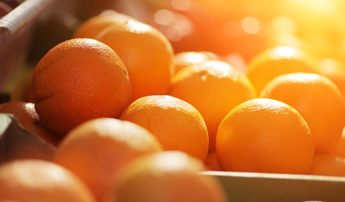 Oranges help treat knee pain