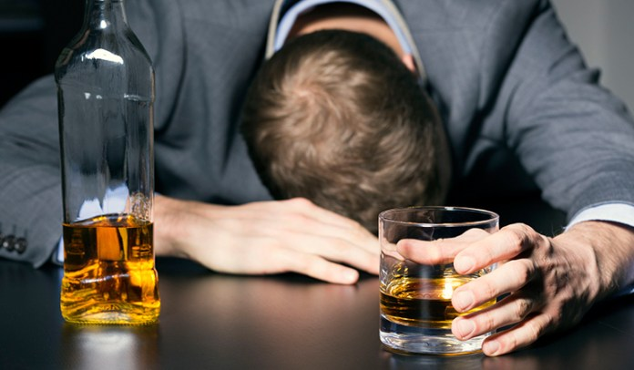 Excessive alcohol consumption increases the risk of AFib