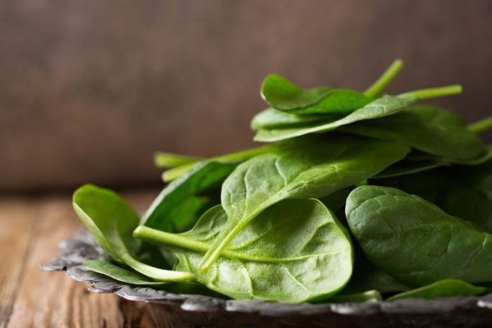 Spinach offers antioxidants and anti-inflammatory nutrients
