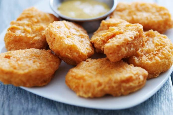 Nut-crusted chicken nuggets are healthy for your kid's gut.