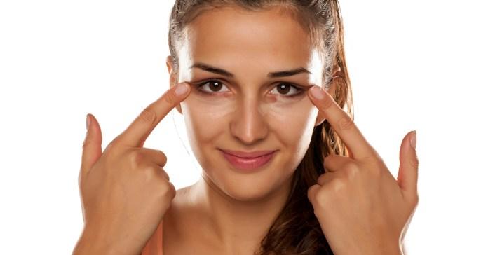8 Simple And Easy DIY Eye Creams For Dark Circles