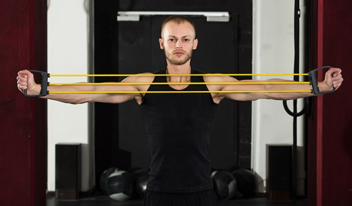Banded pull apart stimulates the back and strengthens joints