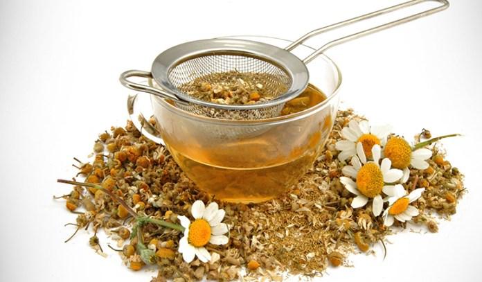 Calendula tea and chamomile tea are a good relief for burns
