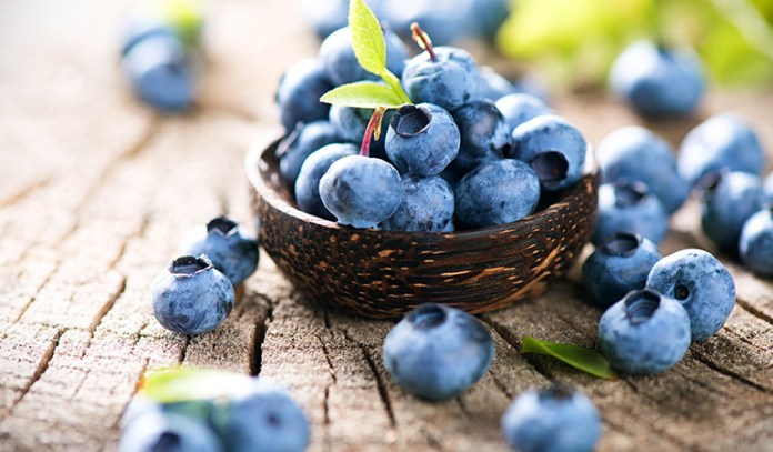 Eat foods rich in antioxidants to tackle cellulite