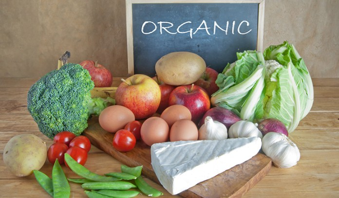 Consuming organic foods can help prevent bloating
