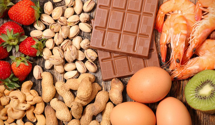Since swelling is a major symptom of food allergies, try and remove all allergy-triggering foods from your diet plan.