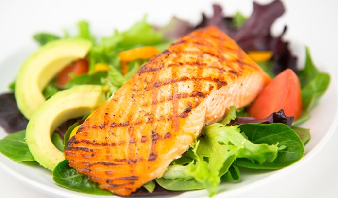 Seafood helps in muscle-building and promotes weight loss