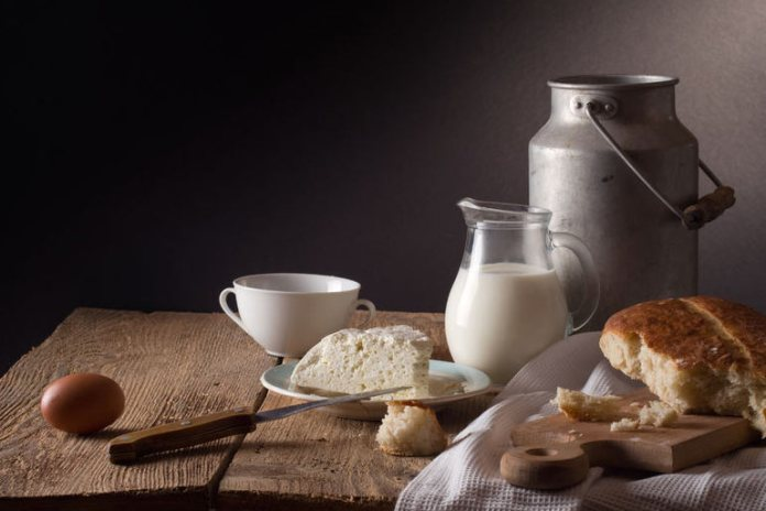 Dairy products like yogurt and cheese can cause abdominal discomfort